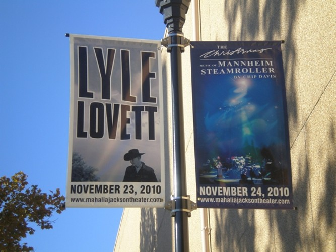 Boulevard banners made in Harahan for Chip Davis show
