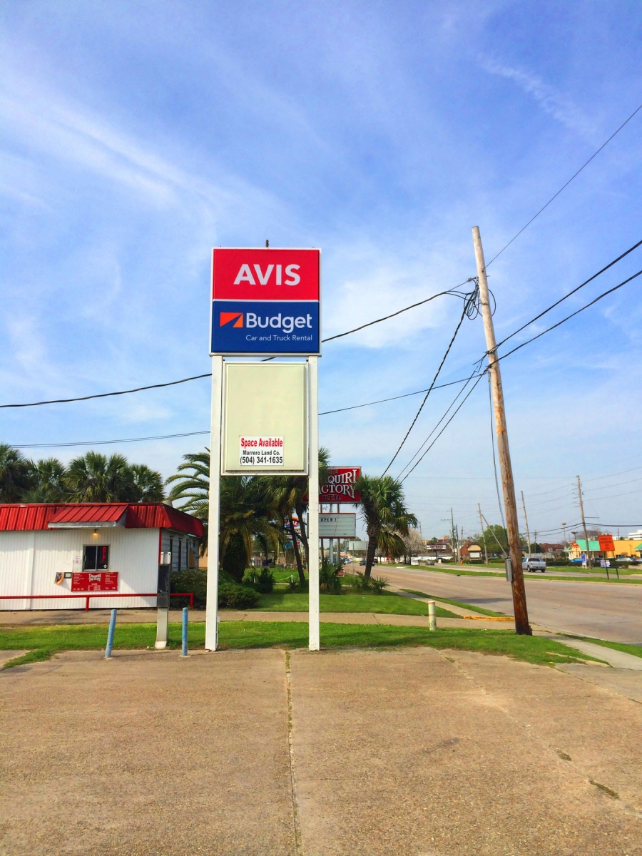 Signs installed in Marrero Louisiana for Avis Budget