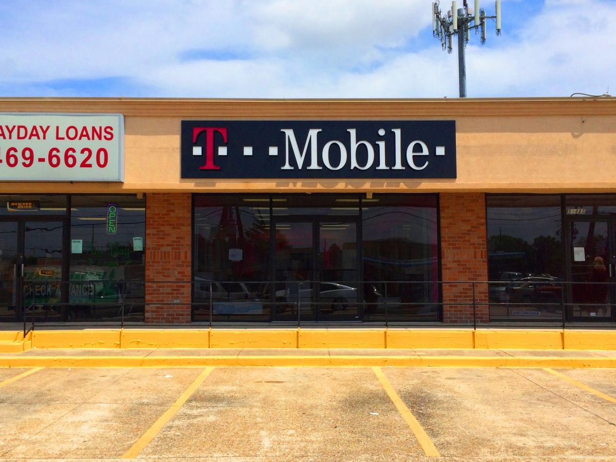 Sign service in Kenner Louisiana for T Mobile