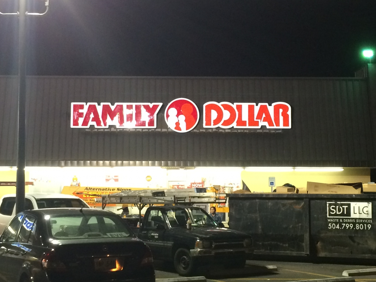 Sign serviced in Metairie for Family Dollar