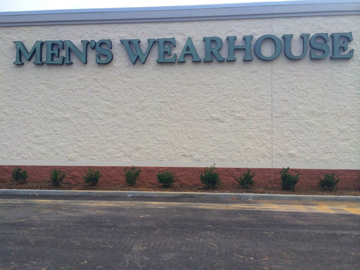 Installation channel letters in Covington Louisiana for Men's Warehouse