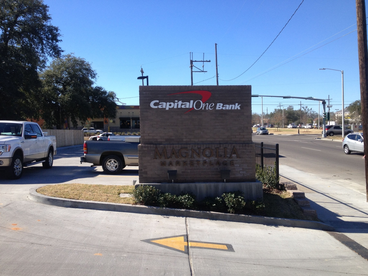 Sign installation Capital One New Orleans