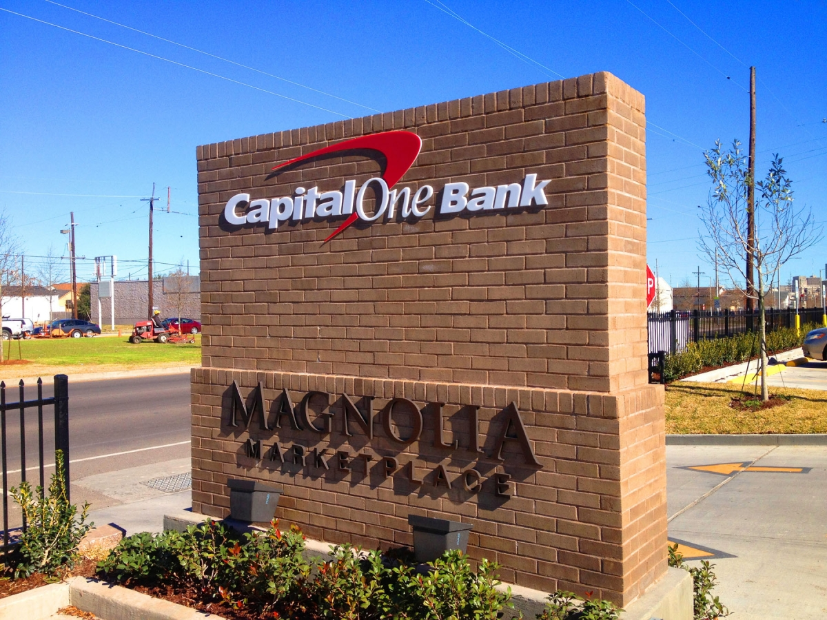 Sign installation New Orleans Louisiana Capital One location