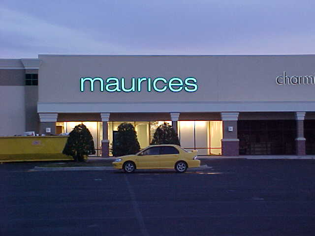 Install channel letters in Mandeville for Maurices womens store