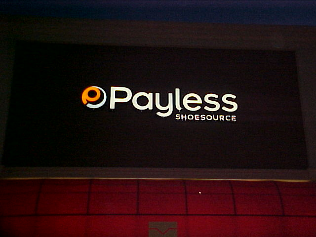 Channel letters installed for Payless in Elmwood Louisiana