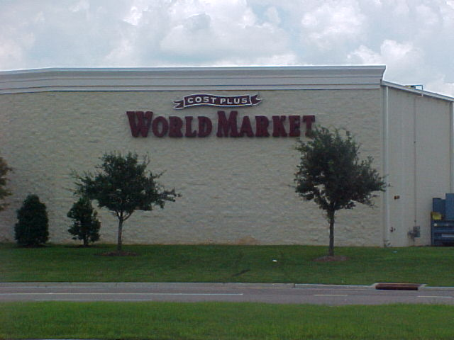 Sign installed Metairie World Market channel letters