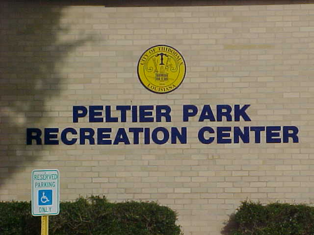 Signs installed for Thibodaux for Peltier Park Recreation Center exterior metal dimensional letters