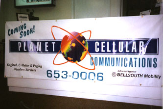 Custom banners made Metairie for Planet Cellular