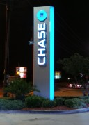 Sign installation in Metairie for Chase bank